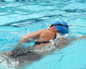 manfaat berenang untuk kesehatan