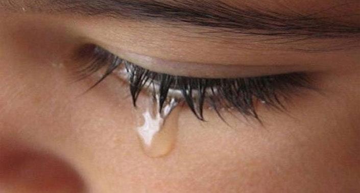 manfaat menangis