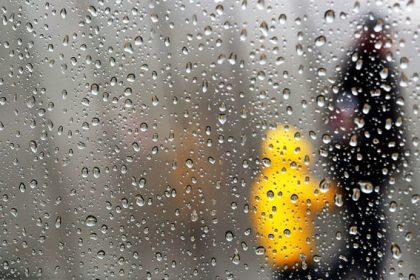 menjaga kesehatan si kecil saat musim hujan